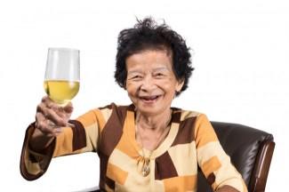 biere-vieille-femme