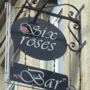 Enseigne Six Roses