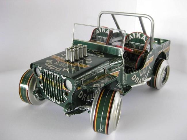 Une voiture fabriquée avec des canettes de bière !