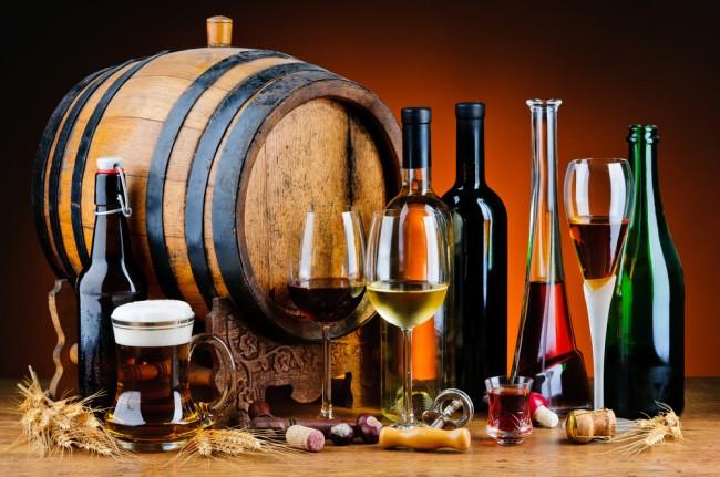 Infographie: consommateurs de bières et vins en Europe