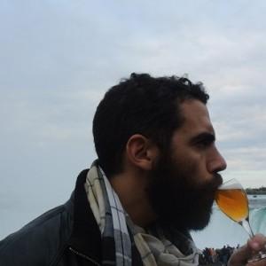 Pourquoi recrache-t-on le vin et pas la bière ?