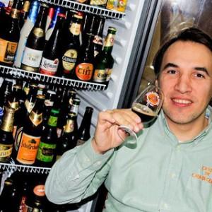 Martin Boan, « el maestro » de la bière à Buenos Aires (Argentine)