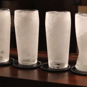 Dîtes « non » au verre de bière glacé !