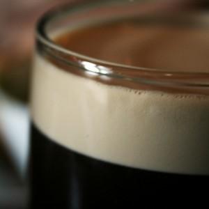 Pourquoi ma bière goûte le café ?