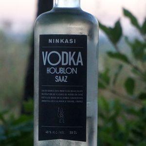 Quand le houblon s'invite dans Vodka, Gin, Whisky, Vin et Cidre !